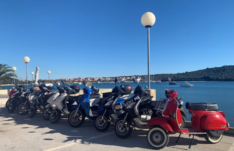 Rent a scooter in Istria